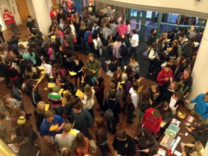 Students packed Roush Hall lobby as registration got underway. (photo by Wayne Dunn)